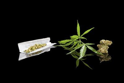 Tutoriel En Vidéo: Comment Faire Un Stick Thaï De Cannabis